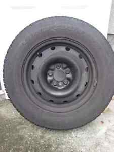 4 215 x 70R16 Winter tires and GM 16 X 6 Rims (Saturn Vue)