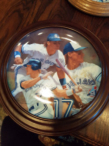 "Kelly Gruber autographed 8"" collector plate"