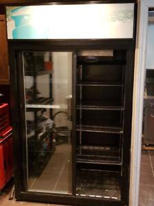 Réfrigérateur commercial 2 portes