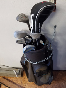 Golf clubs and bag.- great for a Beginner