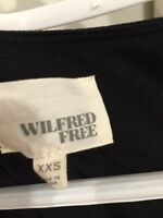 Wilfred free from Aritzia - dress (short) can be worn as shirt