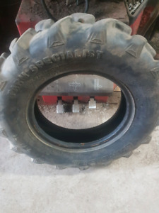 Tractor tire 7-14
