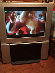 """Sony 36"""" Color TV and Stand"""