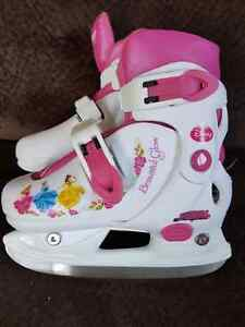Junior Girls Adjustable Skates Windsor Region Ontario image 1