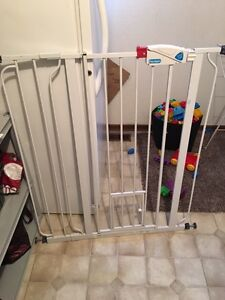 Extra tall pet gate