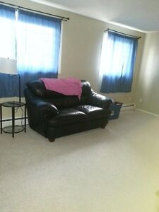1 Bd apt for rent close to Oliver Square and MacEwan University