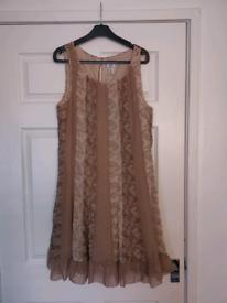 Dress size size 14