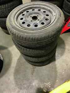 Pneu et jantes 195/55R15 Hankook Optimo H426 Mazda Protege