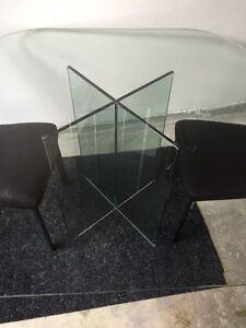 Glass dining table for 4 people
