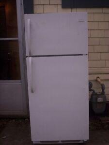 FRIGEDAIRE  white fridge ---freezer