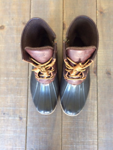 Sperry Saltwater Duck Boots - size 9W