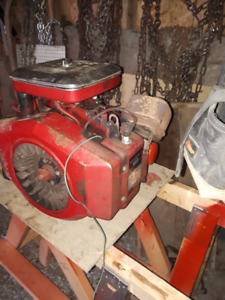 Moteur Brigg stratton 18hp twin.