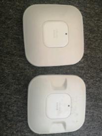 2 Cisco wireless Access points