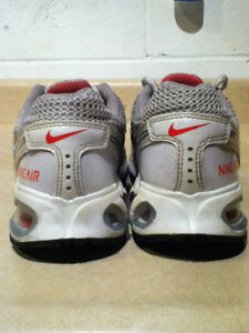 Women's Nike Air Max Torch 4 Running Shoes Size 8 London Ontario image 2
