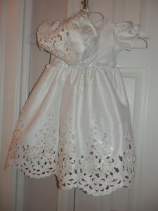 NEW CHRISTENING GOWN AND HAT