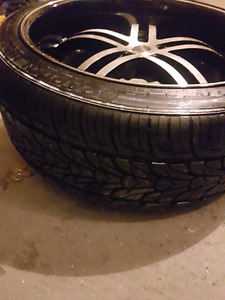 22 inch rims staggered with tires almost new   Front 285 35 22 B