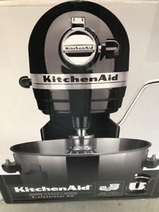Kitchen Aid Professional HD Mixer with accessories