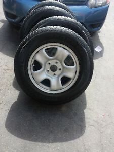 BRAND NEW TAKE OFF16 INCH 2016 HONDA CRV  WHEELS WITH TIRES
