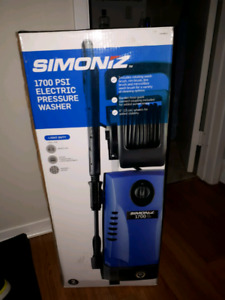 1700 PSI pressure washer brand new never used