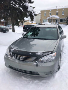 2006 Toyota Camry LE 4 cyl « seulement 74,500 km »