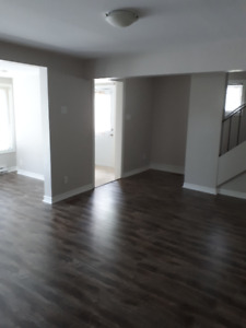 3 Bedroom Unit for Rent in a Prime Location!
