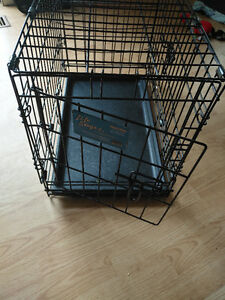 Small Dog Crate 22Lx13Wx17H