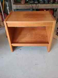 TV Stand / End Table etc, solid wood, in excellent condition, sh Peterborough Peterborough Area image 1