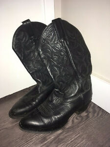 Men's Black Leather 1.5 inch ARIAT Cowboy Boots Size:8.5 Edmonton Edmonton Area image 1
