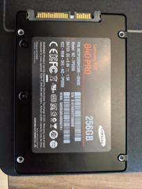 Samsung 840 Pro SSD - 256gb