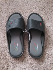 BRAND NEW GREG NORMAN SANDALS SIZE 10  $20.00