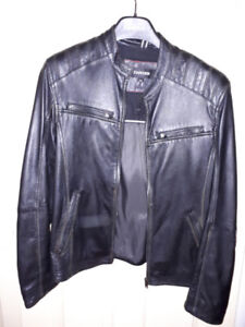 Men's Moto-style Leather Jacket With Topstitch Details
