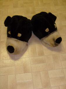 Men's Dog Slippers (size 9-10)