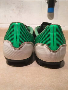 Adidas F5 Outdoor Soccer Cleats Size 6 London Ontario image 2