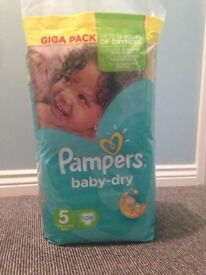 Bulk purchase Pampers Baby Dry Giga Pack Size 6+, 5, 4 and 3