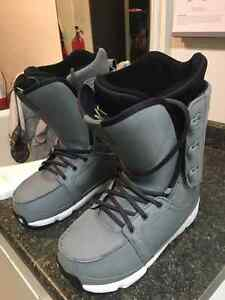 Forum Snowboard Boots - like NEW - Size 10