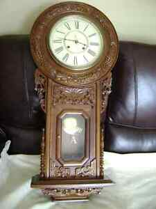 REPLICA REGULATOR CLOCK