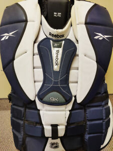 MINT CONDITION XL REEBOK 9K GOALIE CHEST PROTECTOR FOR SALE
