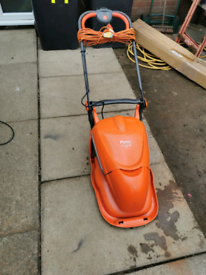 Flymo Electric Lawnmower in great working condition.