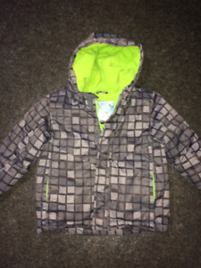 Boys size 3 winter coat and snowpants