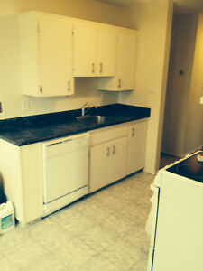 1 BDRM - 3 months 1/2 price on 1 yr lease