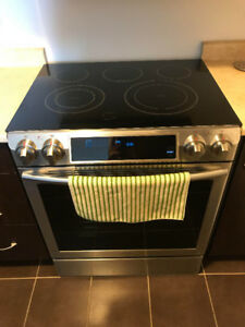 Samsung Slide-in Electric Convection Range
