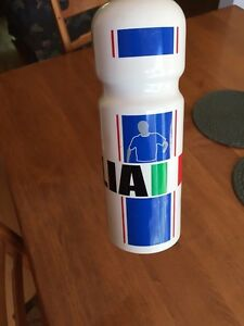 Italia fifa world cup germany / water bottle / bouteille d'eau West Island Greater Montréal image 4