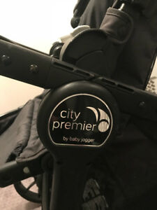 City Premier Stroller + accessories (1 year old, almost new)