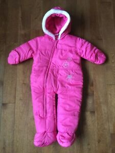 Baby girl snowsuit 6M