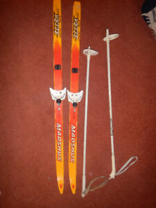 kids  cross  country set boots, skis poles& bindings