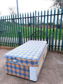 Single bed + mattress (delivery available
