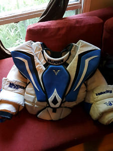 Vaughn v6 goalie pro spec chest protector