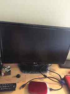 "22""  LG LED TV/Monitor"