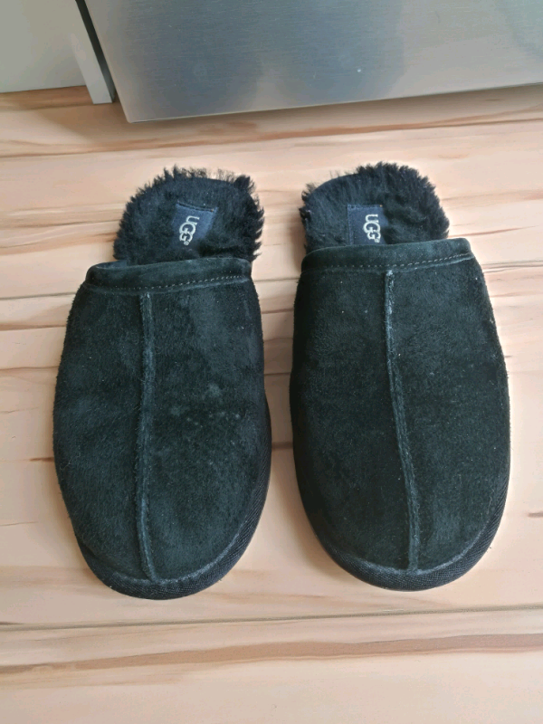 f3ac3b90354 Ugg slippers, black, size 6.5   in Southampton, Hampshire   Gumtree