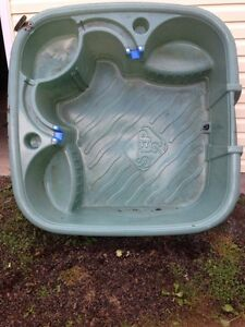 FREE kids pool with bilt-in seats and cupholders
